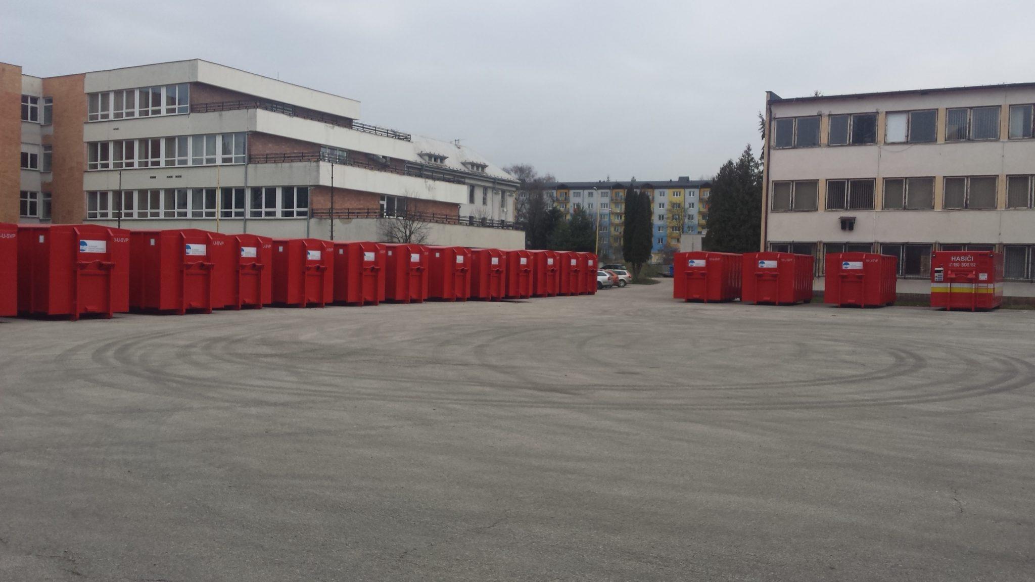 Zábrana Flom v kontejneru pro HSZ